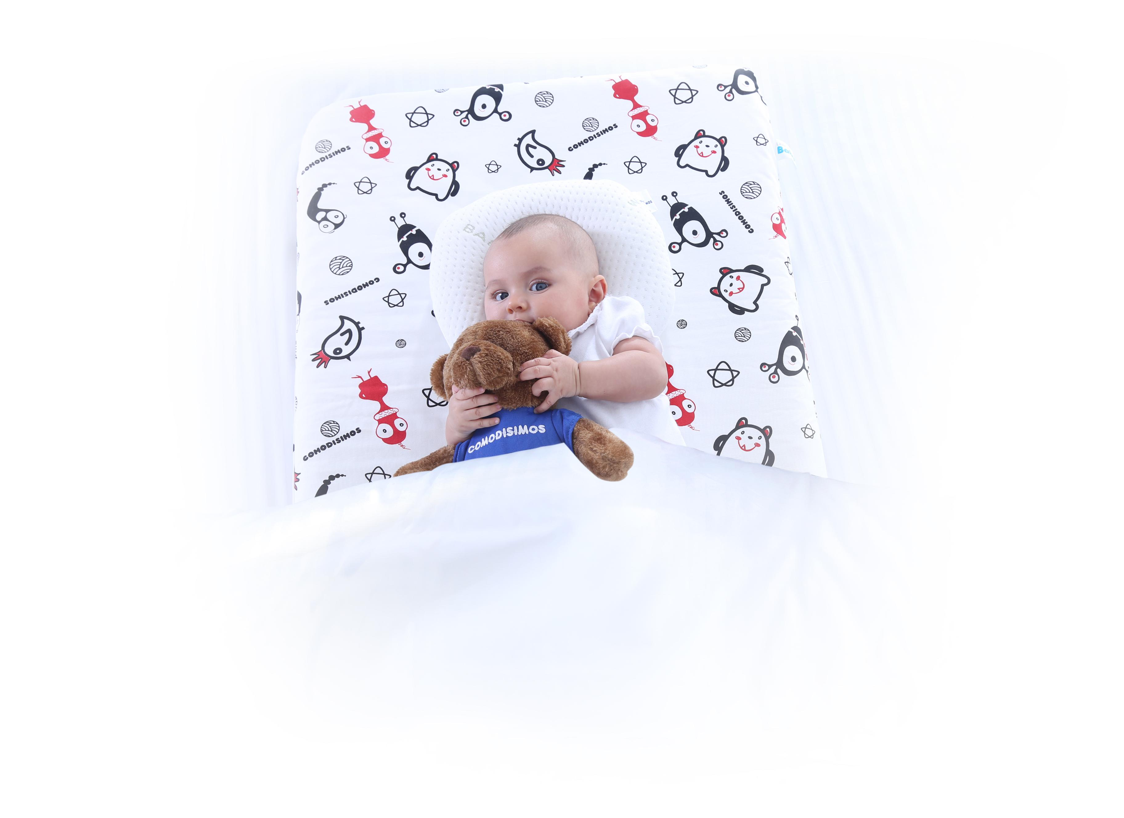 Habitos de sueño Sleeping Baby Bebé en Cama